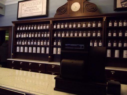 farmacia aguila gueto cracovia horario